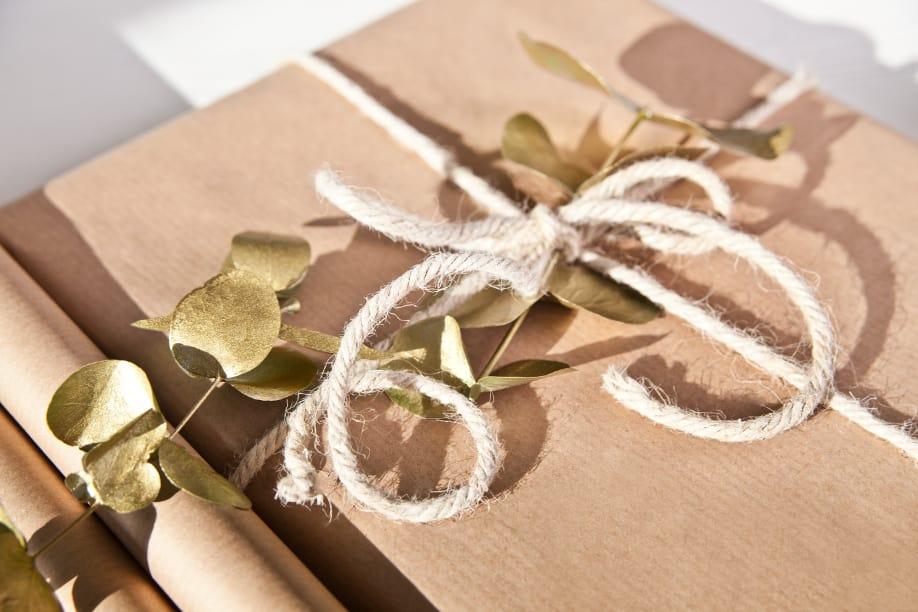 Упаковка с крафтовой бумагой-идеи и креатив фото 2