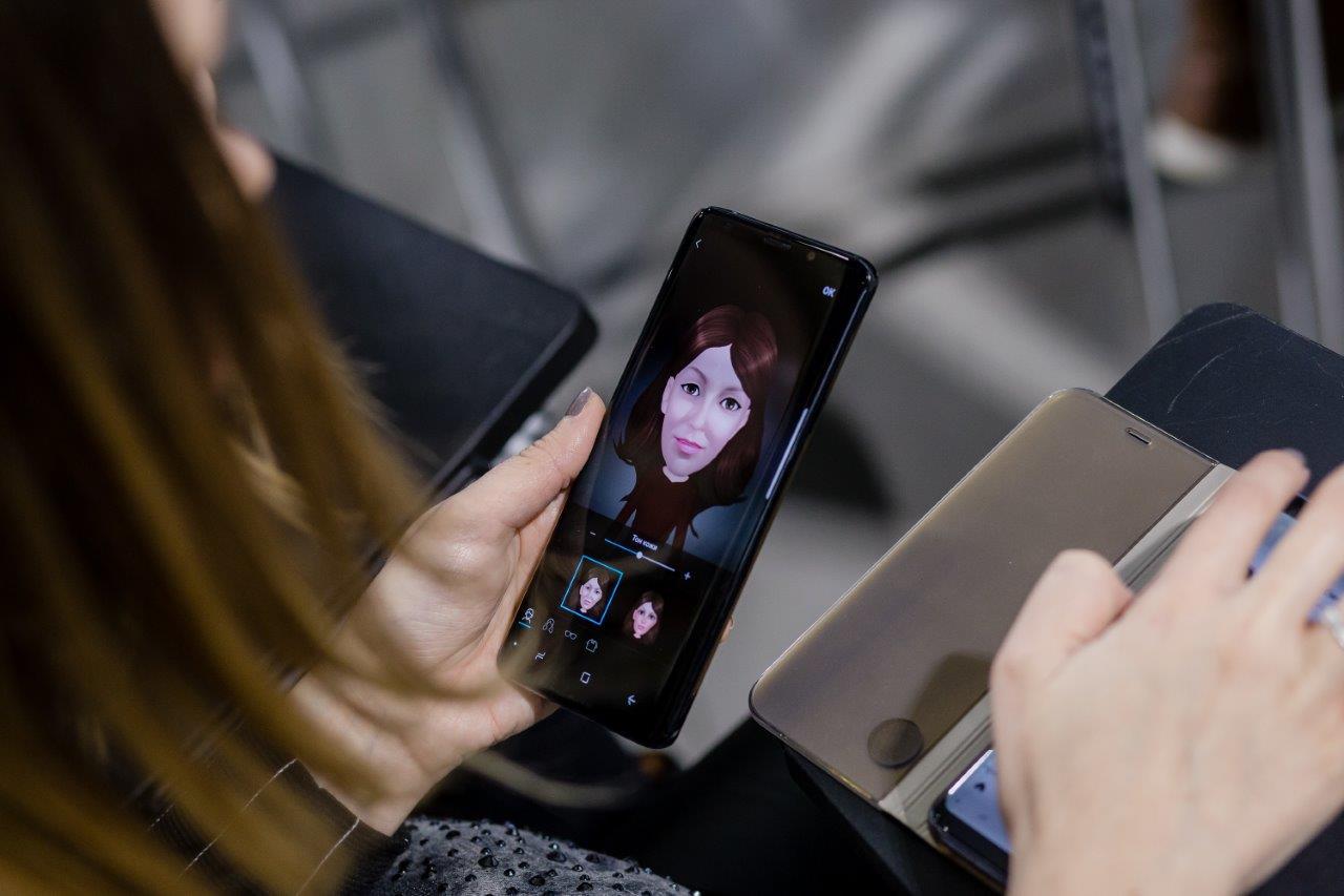 Что стало лучше в Galaxy S9 и S9+ - селфимоджи