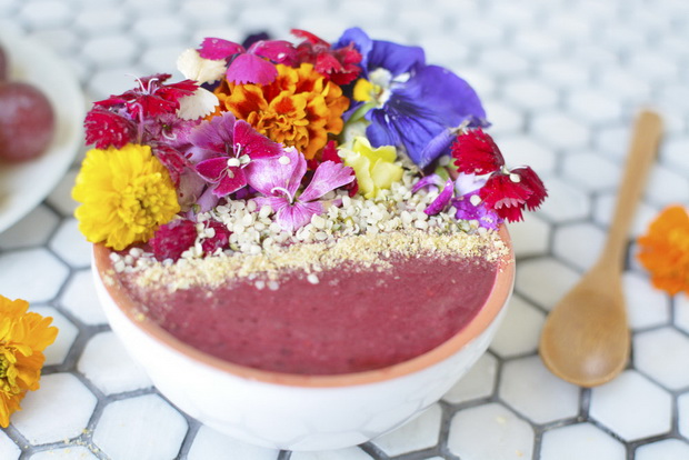 smoothie bowl flowers-photo 5