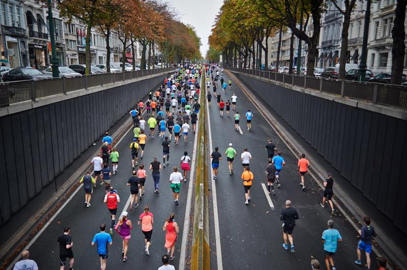 Беговой марафон-фото