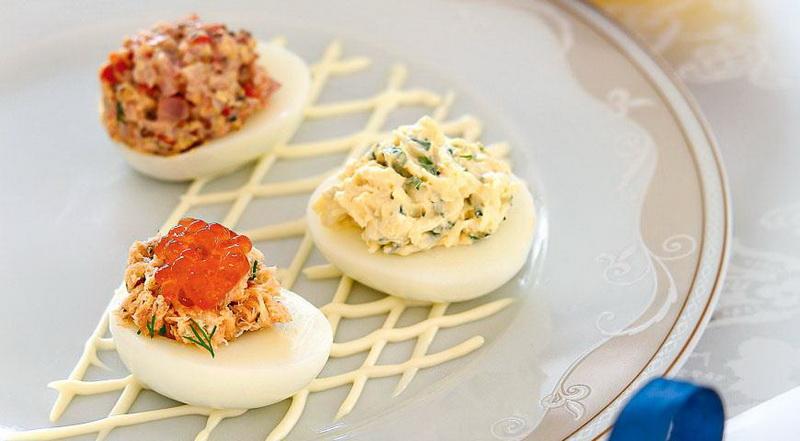 Фаршированные яйца-ассорти