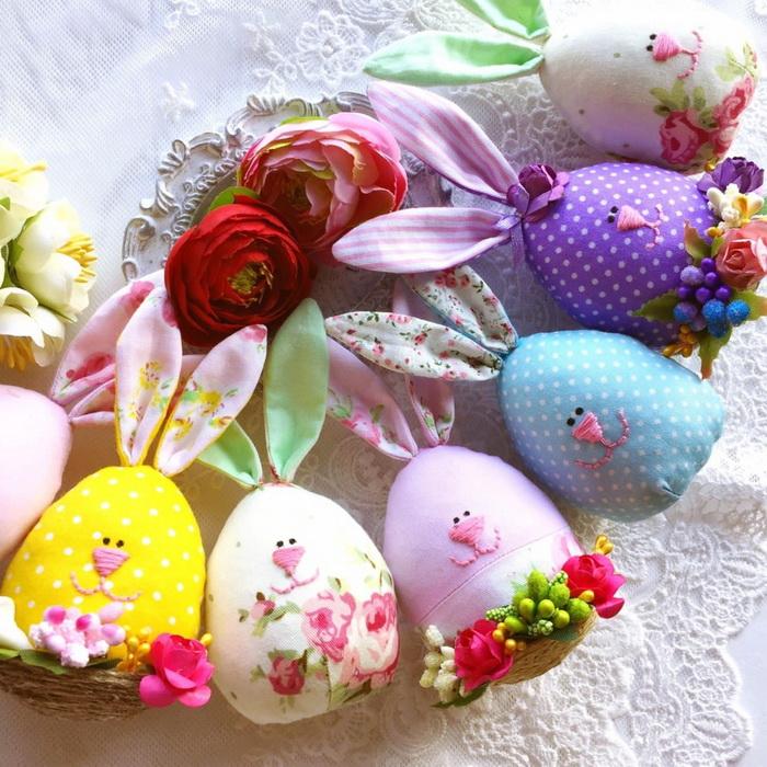 Пасхальный декор-веселые зайцы
