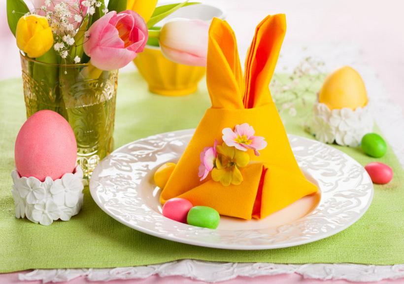 Пасхальный кролик из салфеток-фото