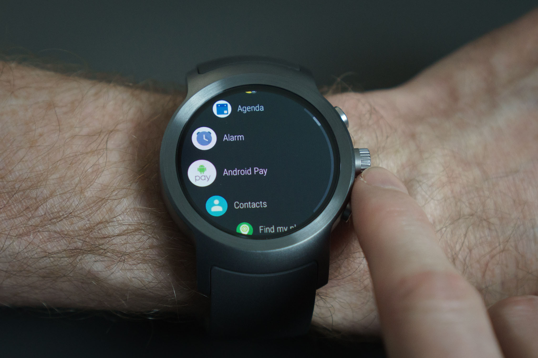 Топ-5 устройств на системе Android - смарт-часы на Android