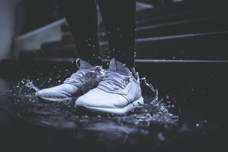 Гулять под дождем-фото