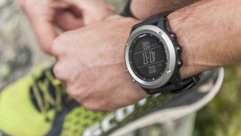 Обзор смарт-часов Garmin Fenix 5X Sapphire - часы для спортсменов