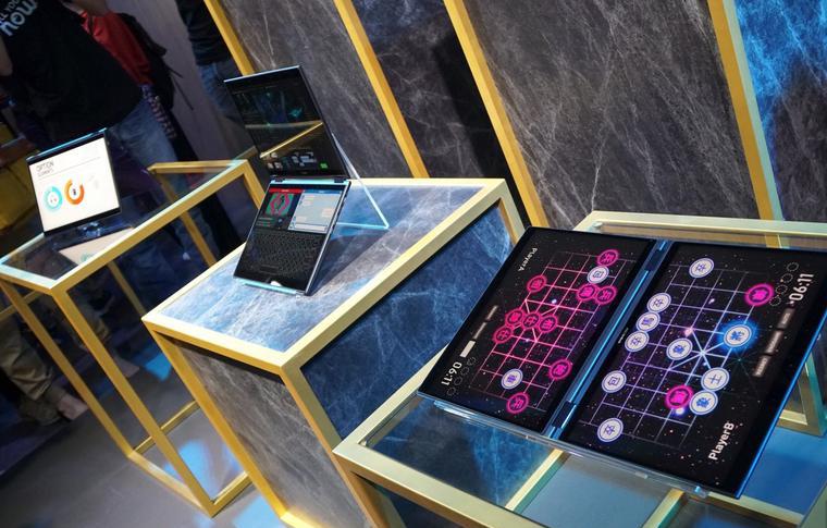 ASUS Project Precog-концептуальный ноутбук фото с мероприятия 2