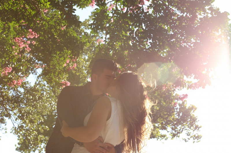 kissing romance-прогулки по городу