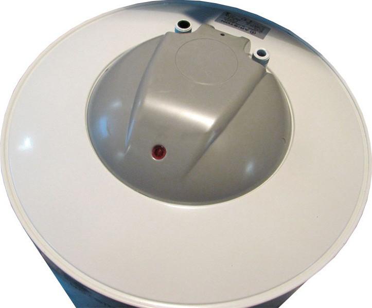 Горячая вода в радость не только зимой_правила выбора водонагревателя - скрытое управление водонагревателем