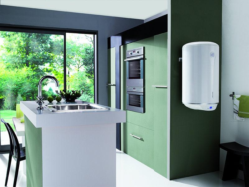 Горячая вода в радость не только зимой_правила выбора водонагревателя - цилиндрический водонагреватель
