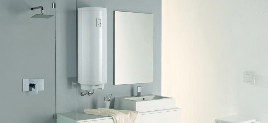 Горячая вода в радость не только зимой_правила выбора водонагревателя - водонагреватель в ванной