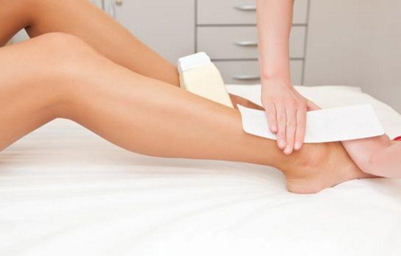 И гладкие ножки и чистое лицо_обзор лучших эпиляторов с дополнительными насадками - эпиляция ног воском