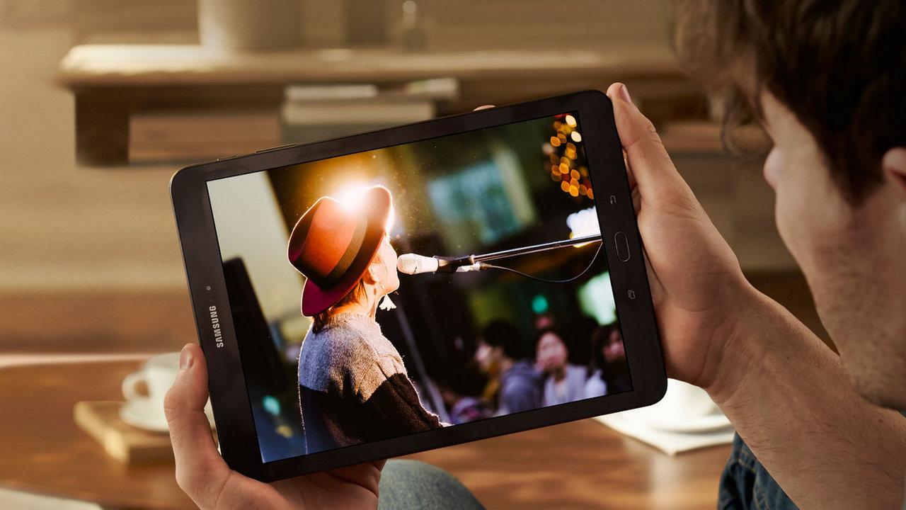 Планшет Samsung Galaxy Tab Advanced 2 (SM-T583) самые свежие подробности - смотрим видео на планшете