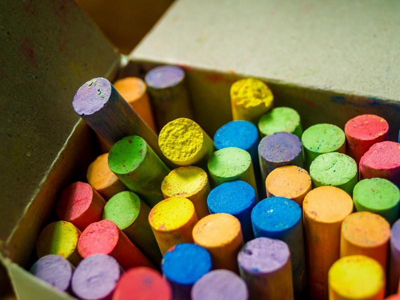 Цветные мелки-фото