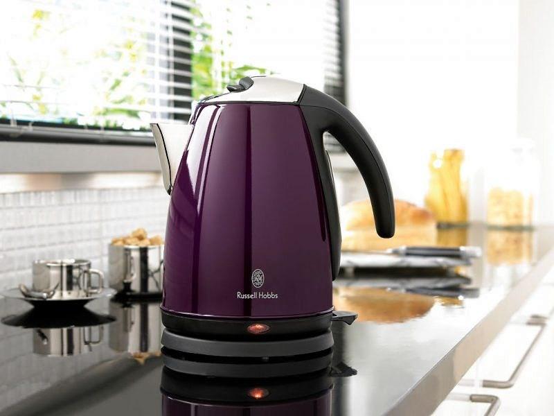 Топ-5 самой полезной техники на кухне - электрический чайник на кухне