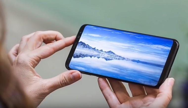 Дисплей Galaxy J8