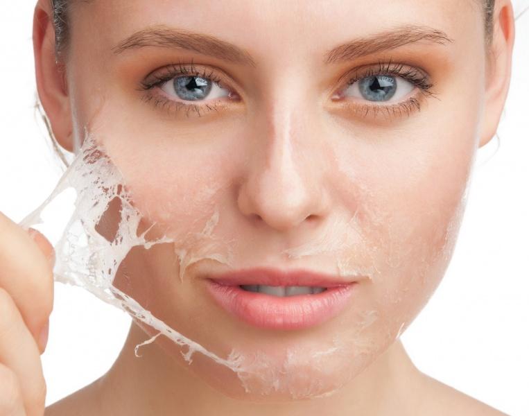 Эпилятор, лезвия или воск какой способ лучше - воск на лице