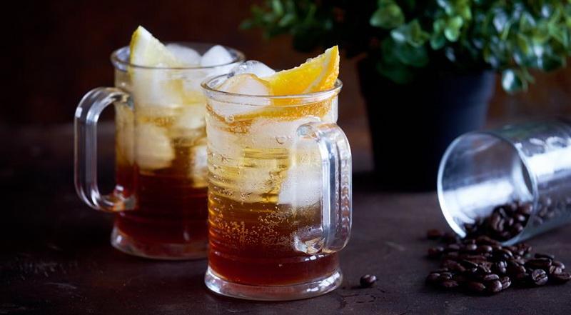Кофейный лимонад-подача