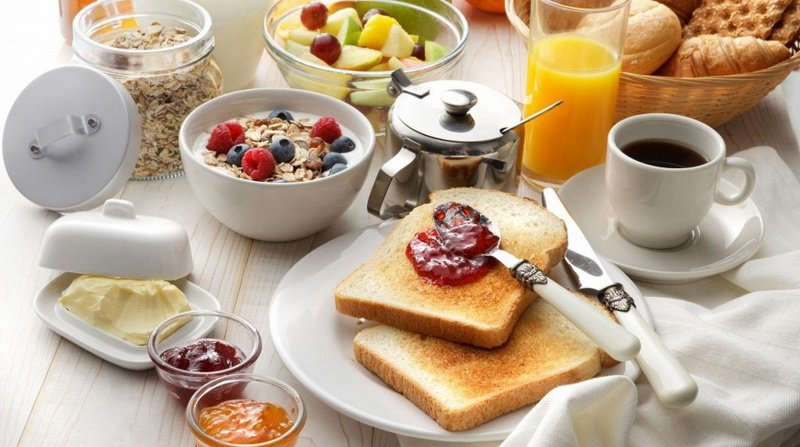 Легкий завтрак съешь сам-тяжелый отдай врагу