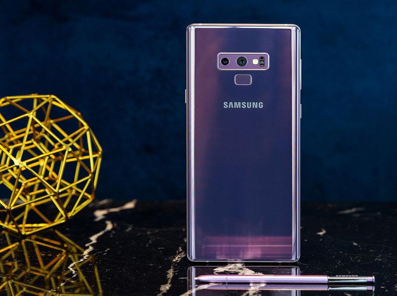 Samsung Galaxy Note 9-задняя панель флагмана