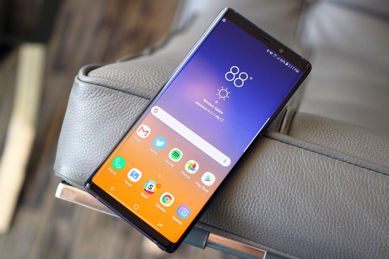 Сочность и яркость_смартфоны с лучшими экранами - Samsung Galaxy Note 9