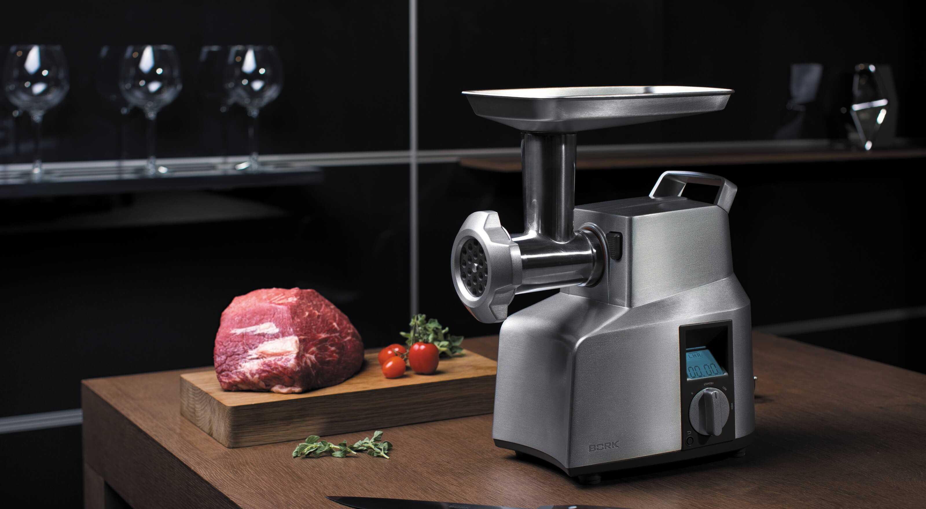 Топ мясорубок с базовыми функциями доступность и надёжность - мясорубка и мясо