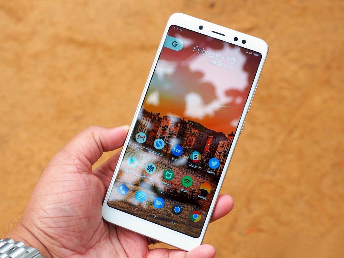 Топ недорогих смартфонов, которые неожиданно хороши - Xiaomi Redmi 6