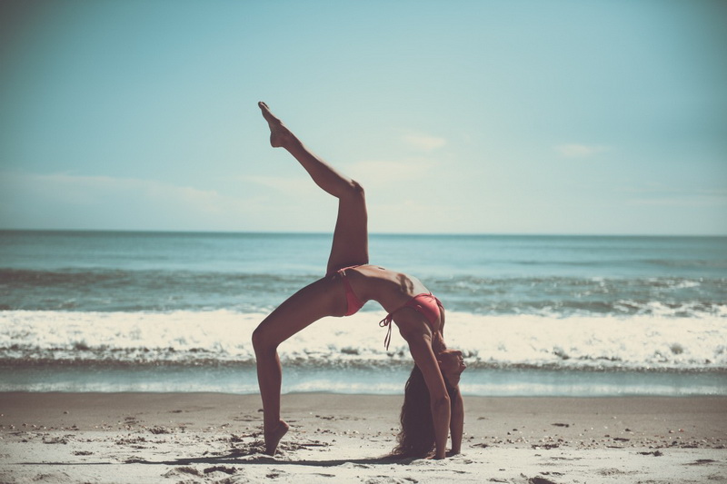 Йога на море-фото