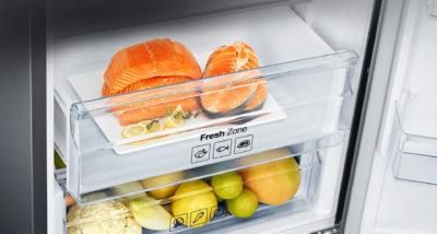 Красная рыба во фреш-зоне холодильника
