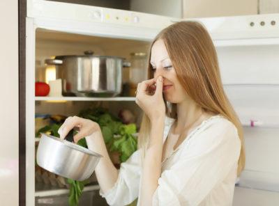 Неприятные запахи в холодильник