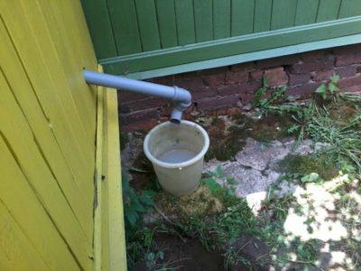 Злив води від пральної машини на дачі