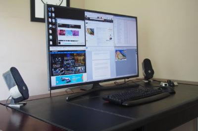 4K tv as monitor (телевізор 4К використовуваний як монітор)