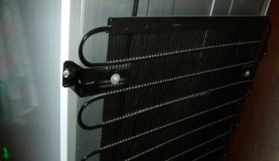 «Задняя стенка холодильника»