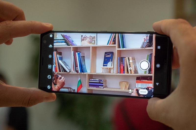 Флагманский смартфон Sony Xperia XZ3-фотовозможности