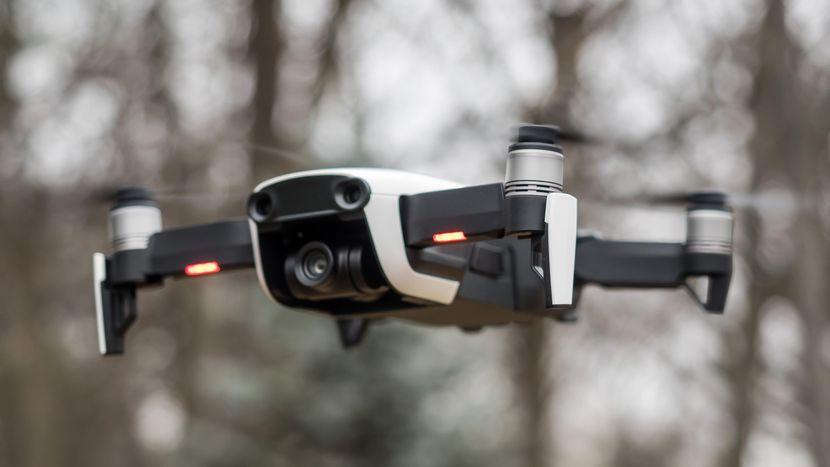 Квадрокоптер для ребенка_обзор лучших моделей - DJI Mavic Air