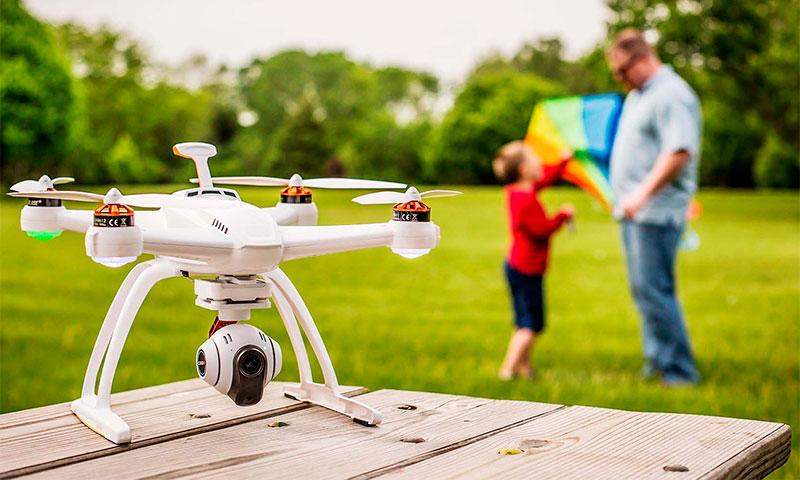 Квадрокоптер_дорогая игрушка или новое слово в любительской видеосъёмке, доставке, спорте - квадрокоптер для видеосъёмки