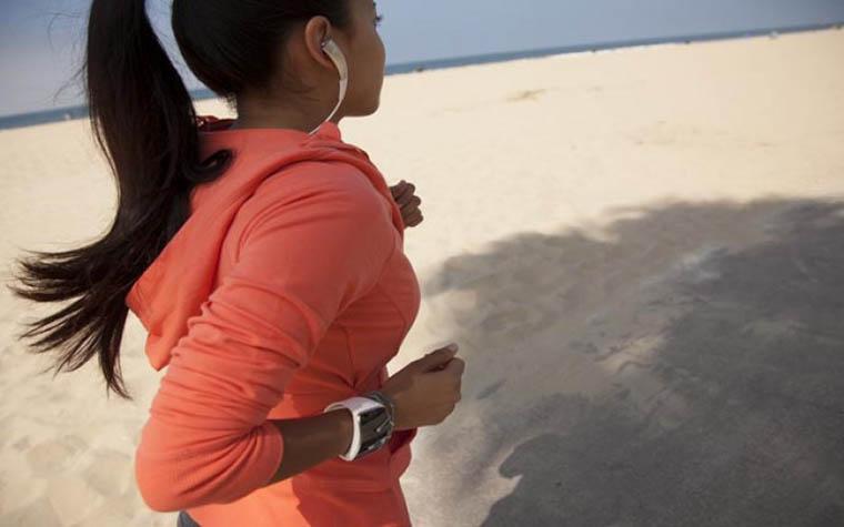 Лучшие smart watch для девушек_гайд по выбору самого стильного гаджета - занятия спортом и смарт часы