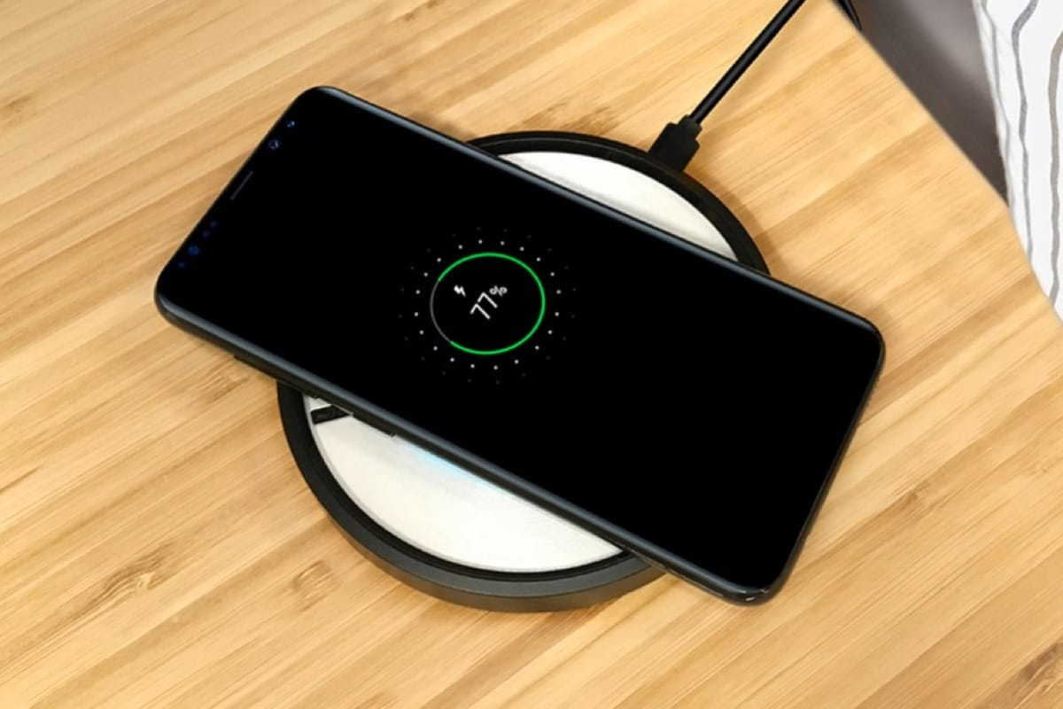 Обзор лучших смартфонов на 2 SIM-карты - беспроводная зарядка