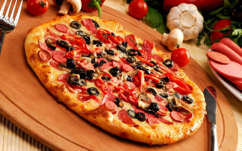 Пицца в мультиварке-с оливками