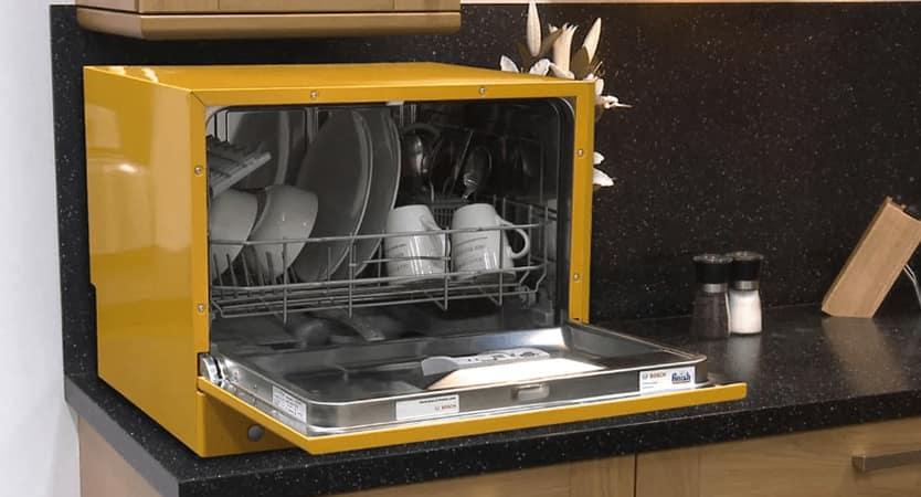 Посудомоечная машина для маленькой кухни_критерии выбора - настольная посудомоечная машина в интерьере