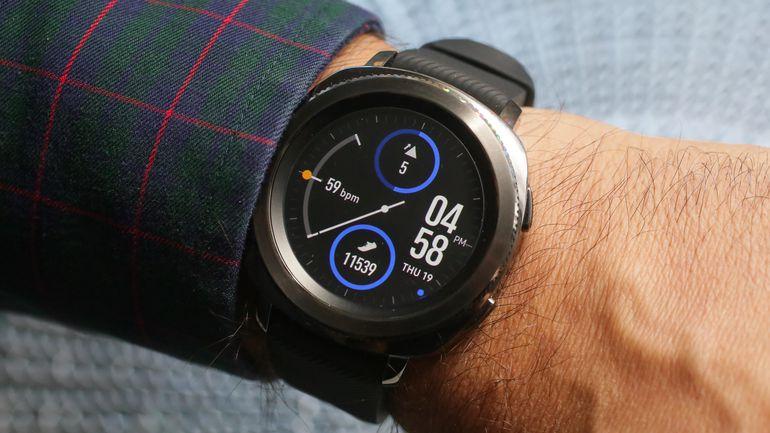 Правила выбора умных часов_ТОП полезных советов - samsung gear sport