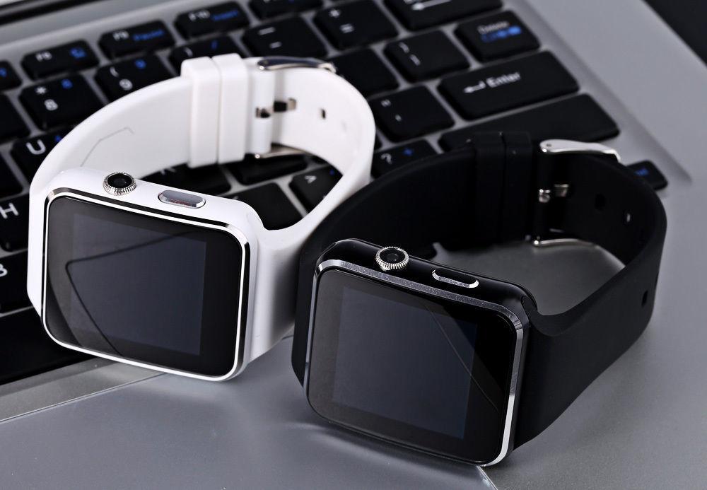 Правила выбора умных часов_ТОП полезных советов - умные часы на клавиатуре