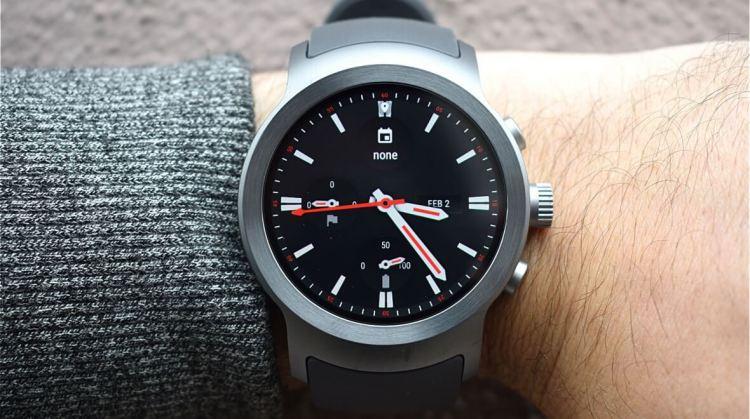 Правила выбора умных часов_ТОП полезных советов - умные часы на руке