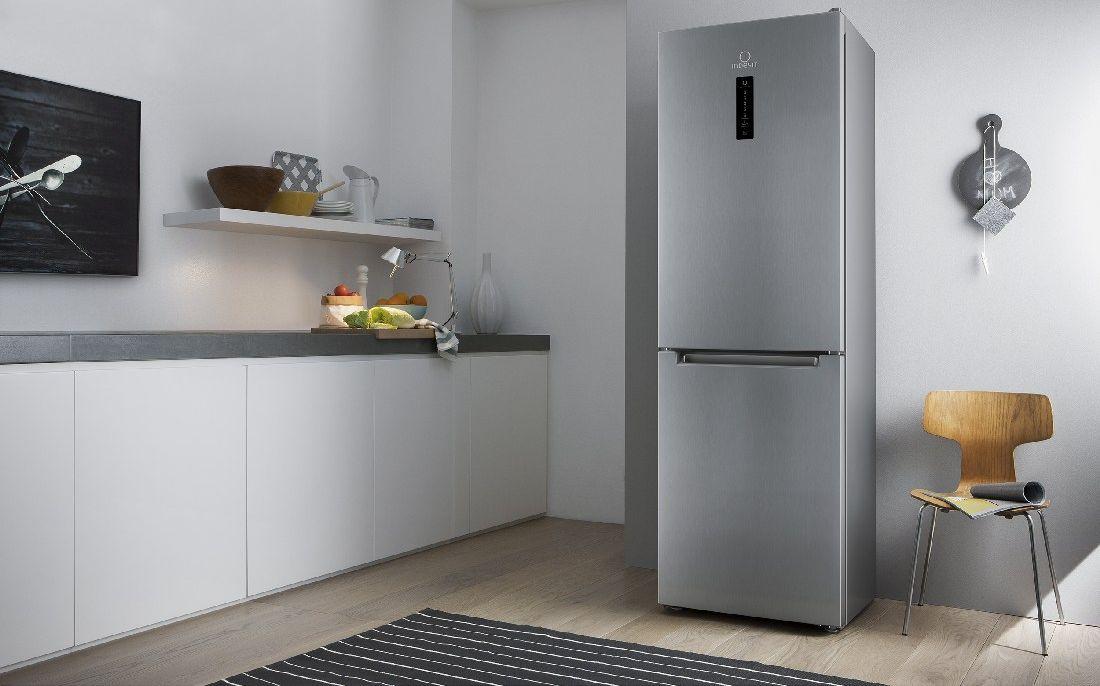 Рейтинг холодильников Indesit по оценкам экспертов COMFY - холодильник Indesit На кухне