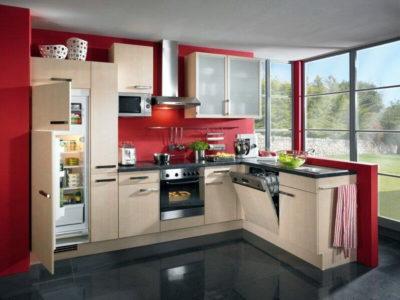 Бежево-червона кухня
