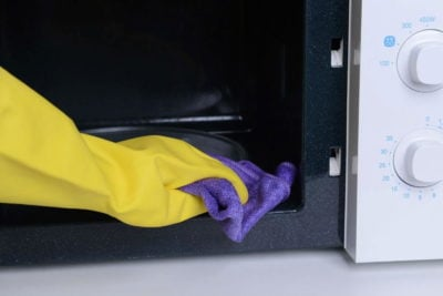 Миття мікрохвильовки