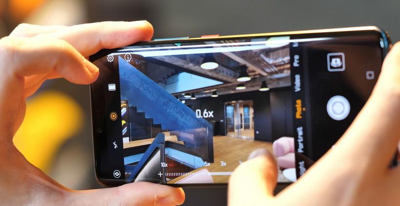 Huawei-новинки смартфонов зумирование