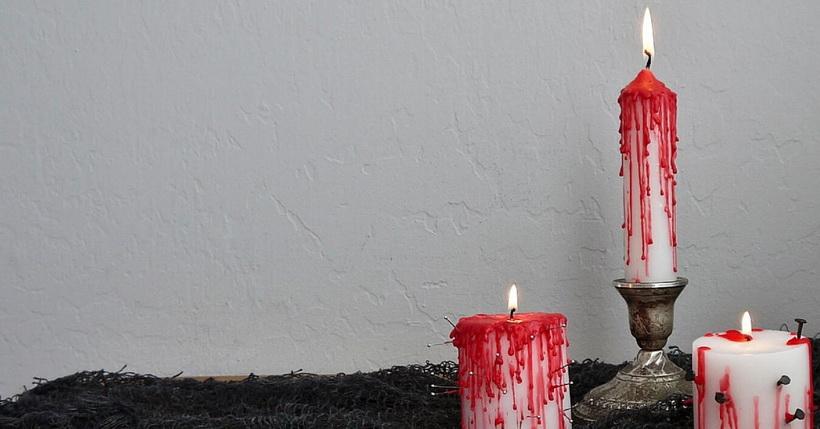 Композиция из кровавых свечей-Хэллоуин-2018