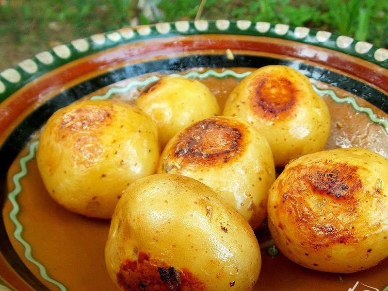 Печеный картофель-простой рецепт