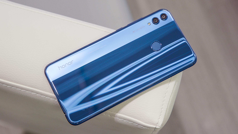 Смартфоны, которые мы сможем купить осенью 2018 - Honor 8X